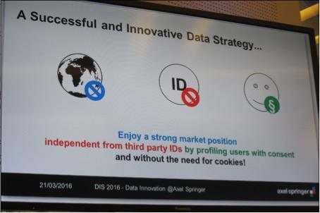"""© Knut Nicholas Krause: Foto beim Vortrag von Fr. Dr. Jana Moser (Leiterin des Projektes """"Data Innovations"""" bei Axel Springer)."""